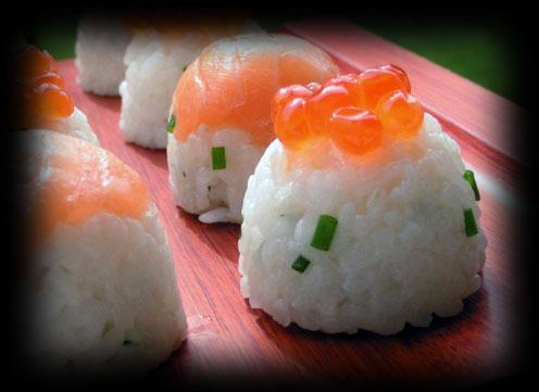 sushi de p ques moul dans un coquetier sav 39 hourra. Black Bedroom Furniture Sets. Home Design Ideas