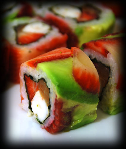 2009-03-27-strawbarry-sushi-roll-4.jpg